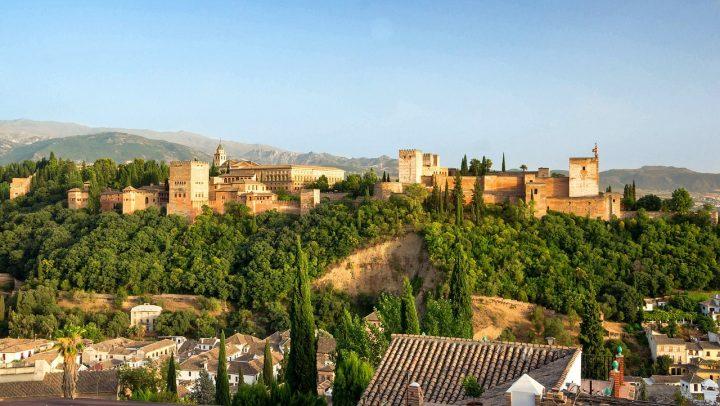 アルハンブラ宮殿|グラナダのアルハンブラ、ヘネラリーフェ、アルバイシン地区 (2)