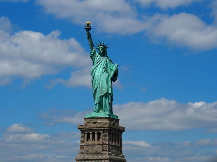 自由の女神像|アメリカ 文化遺...