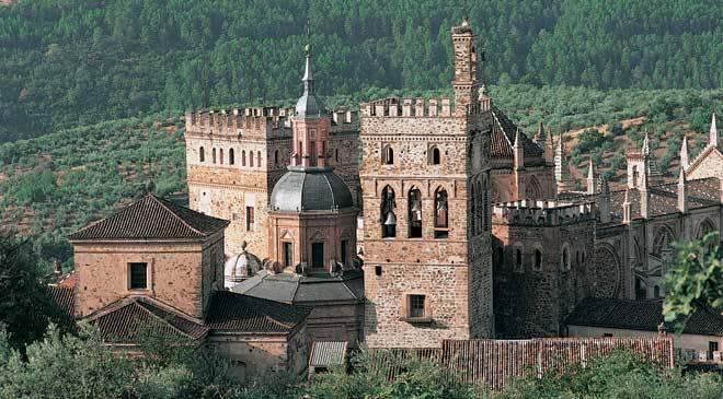 【世界遺産】サンタ・マリア・デ・グアダルーペ王立修道院