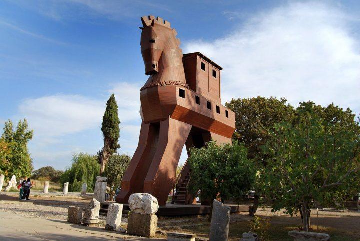 トロイア遺跡|トルコ 文化遺産...
