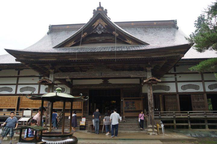 photo credit: 中尊寺本堂 Chusonji temple main hall via photopin (license)