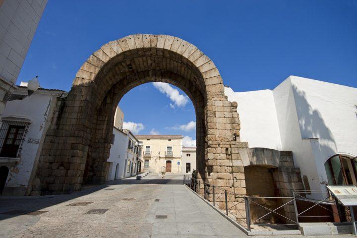 メリダ・トラヤヌス帝の凱旋門