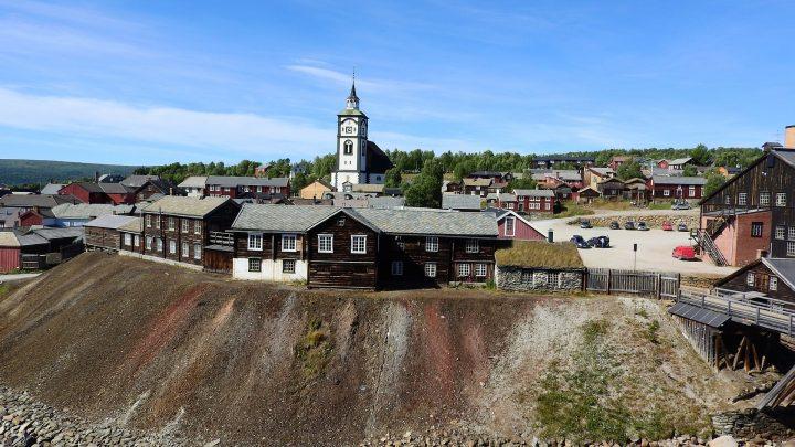 レーロースの鉱山街とその周辺