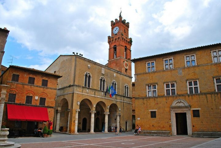 ピエンツァ市街の歴史地区|イタ...