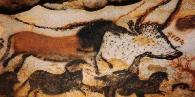 ヴェゼール渓谷の先史的景観と装飾洞窟群