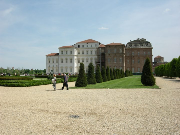 photo credit: Giardini di Venaria Reale (2 mag 2008) via photopin (license)