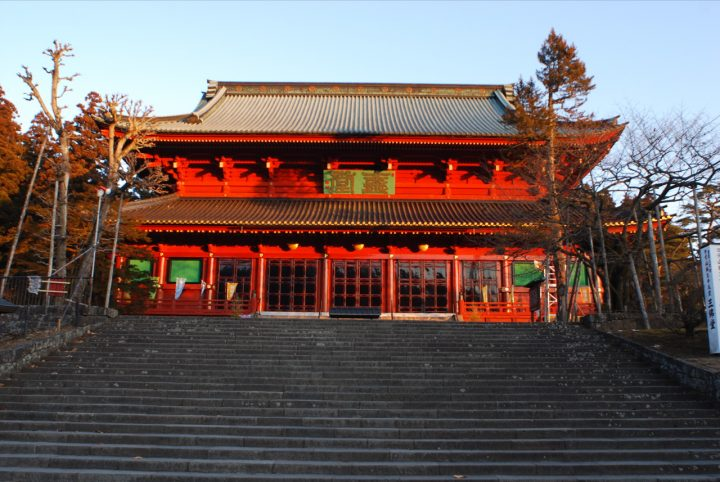 photo credit: Rinnouji 01d 輪王寺三仏堂.JPG via photopin (license)