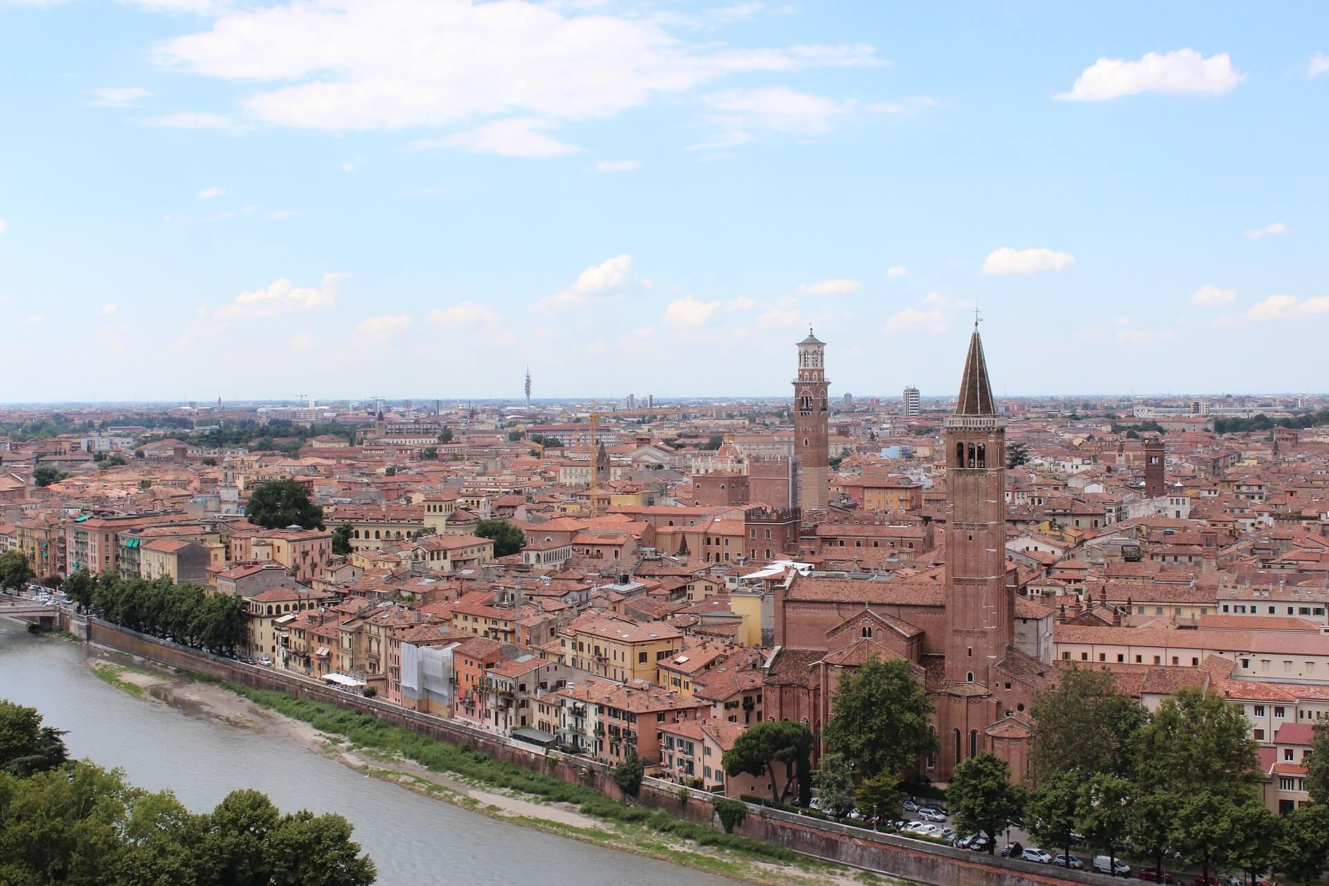 ヴェローナ市街の画像 p1_17