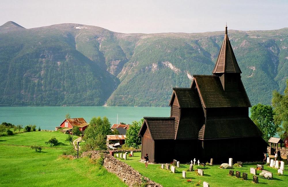 ウルネスの木造教会の画像 p1_24