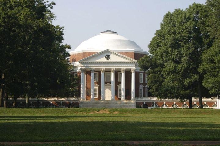 バージニア大学|シャーロッツビルのモンティセロとバージニア大学