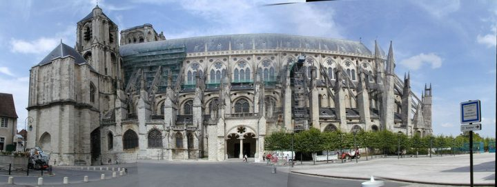 photo credit: 20040719 bourges Cathedral Exterior via photopin (license)