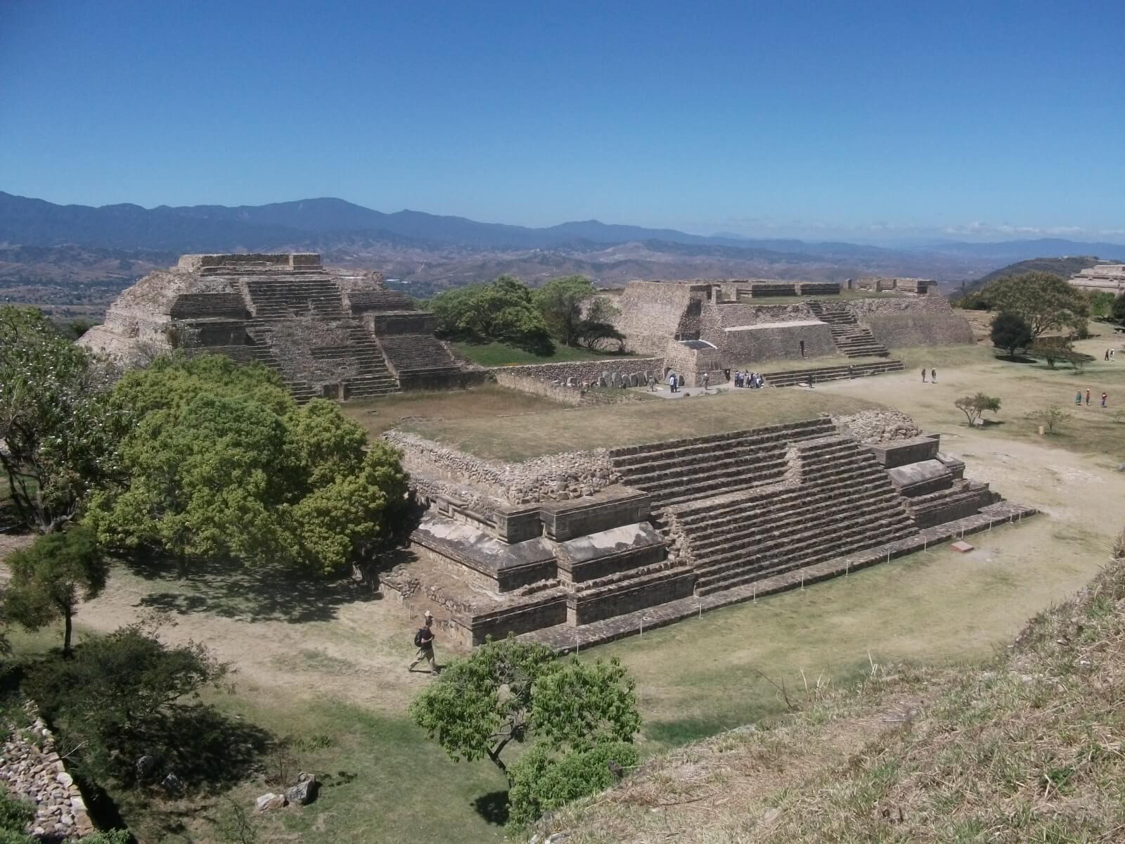 世界遺産・オアハカ歴史地区とモンテ・アルバンの考古遺跡2