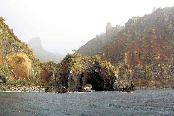 【世界遺産】ゴフ島とイナクセシブル島