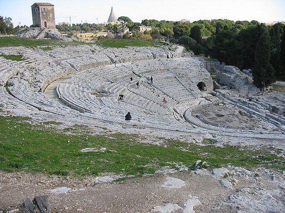 世界遺産・シラクサとパンターリカの岩壁墓地遺跡2