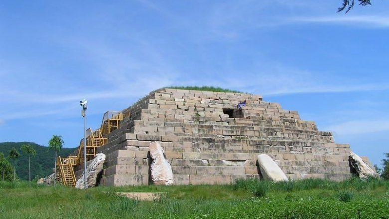 高句麗前期の都城と古墳 中国 ...
