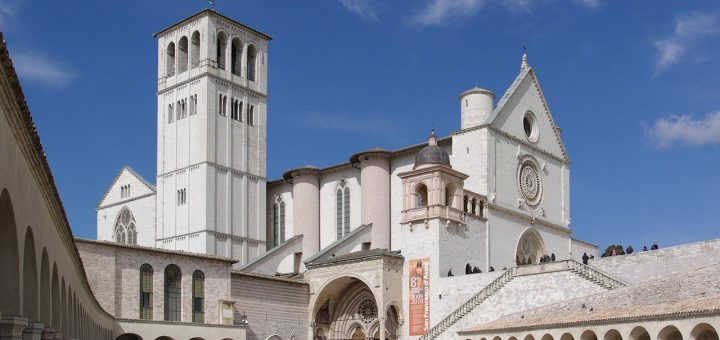 アッシジ、フランチェスコ聖堂と関連修道施設群の画像 p1_14