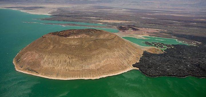 トゥルカナ湖国立公園群