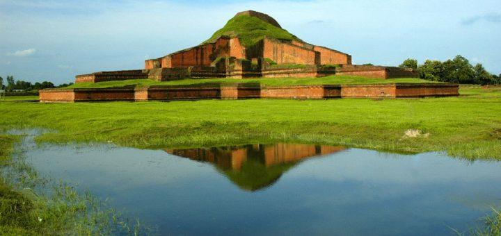 パハルプールの仏教寺院遺跡群