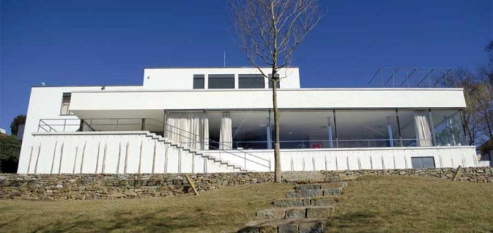 ブルノのトゥーゲントハット邸