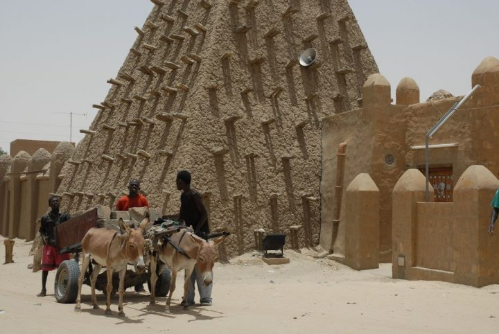 photo credit: Timbuktu Mud Mosque, Mali, W. Africa via photopin (license)