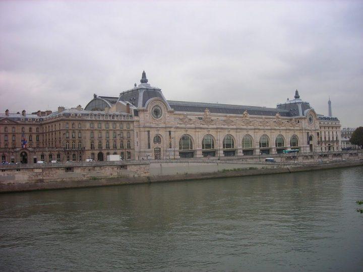 オルセー美術館|パリのセーヌ河岸