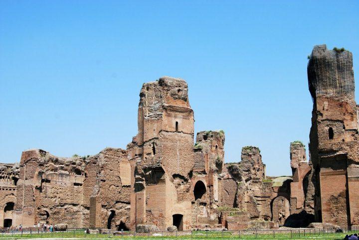カラカラ浴場|ローマ歴史地区、教皇領とサン・パオロ・フオーリ・レ・ムーラ大聖堂