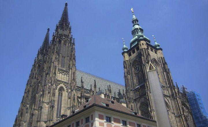 photo credit: Prague Castle via photopin (license)