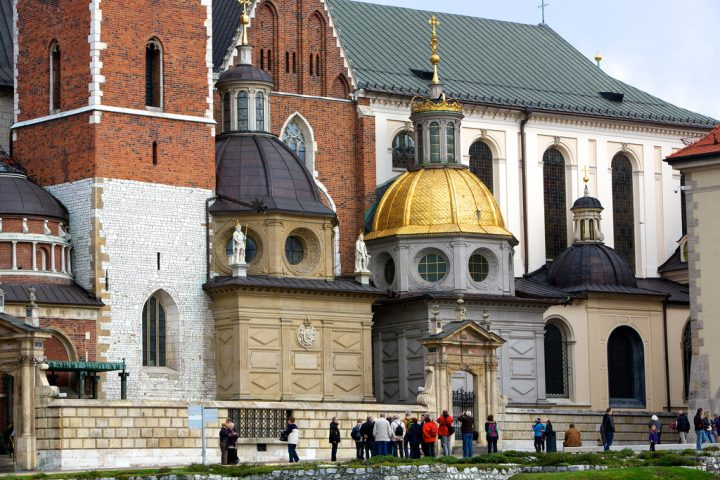 photo credit: Wawel Royal Castle, Krakow, Poland via photopin (license)
