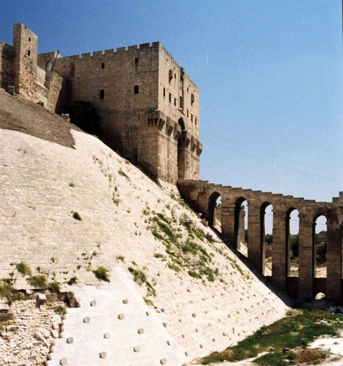 photo credit: The citadel, Aleppo via photopin (license)