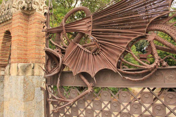 photo credit: Pavellons Finca Güell – Càtedra Gaudí via photopin (license)