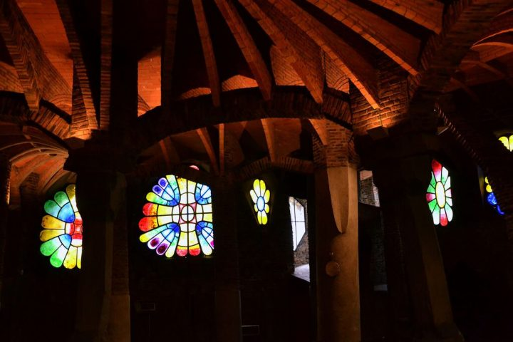 photo credit: Cripta de la Colonia Güell, Gaudí, Santa Coloma de Cervelló. via photopin (license)