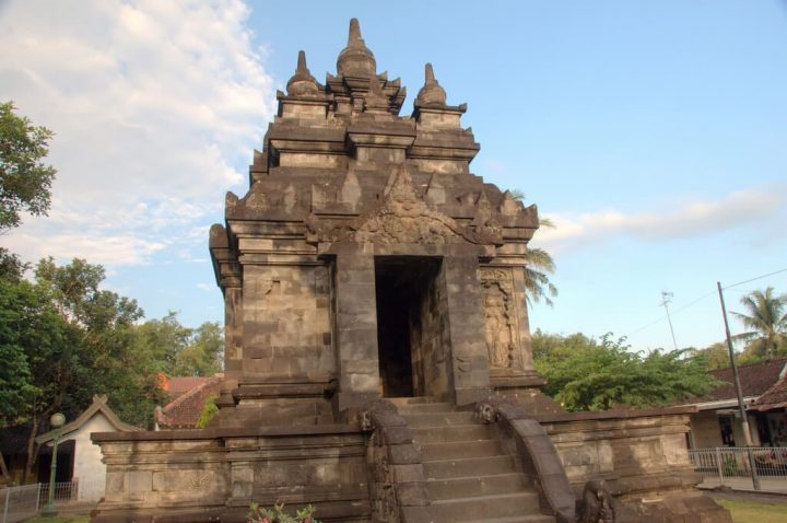パオン寺院とムンドゥッ寺院 ボ...