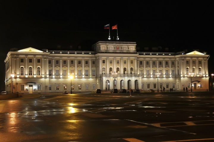 photo credit: Russia_1950 - Mariinsky Palace (Great on Black) via photopin (license)