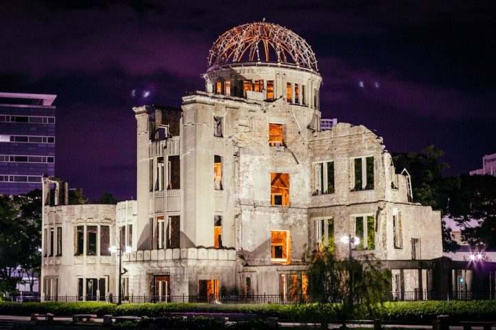 photo credit: Hiroshima Peace Memorial Atomic Bomb Dome Genbaku Dōmu via photopin (license)