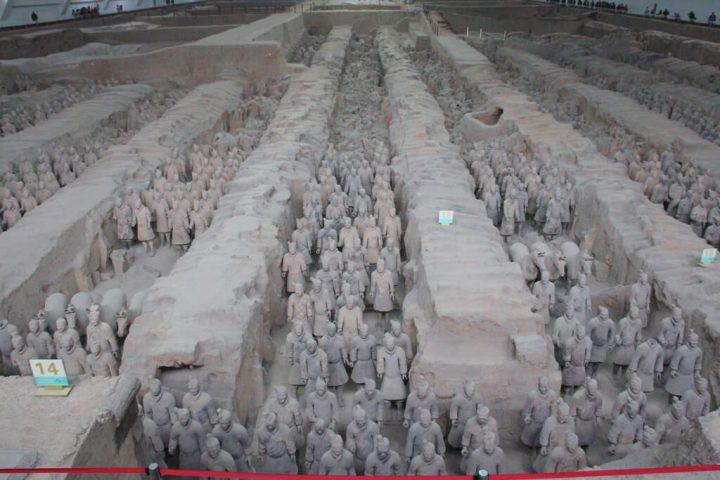 兵馬俑坑|秦始皇帝陵及び兵馬俑...