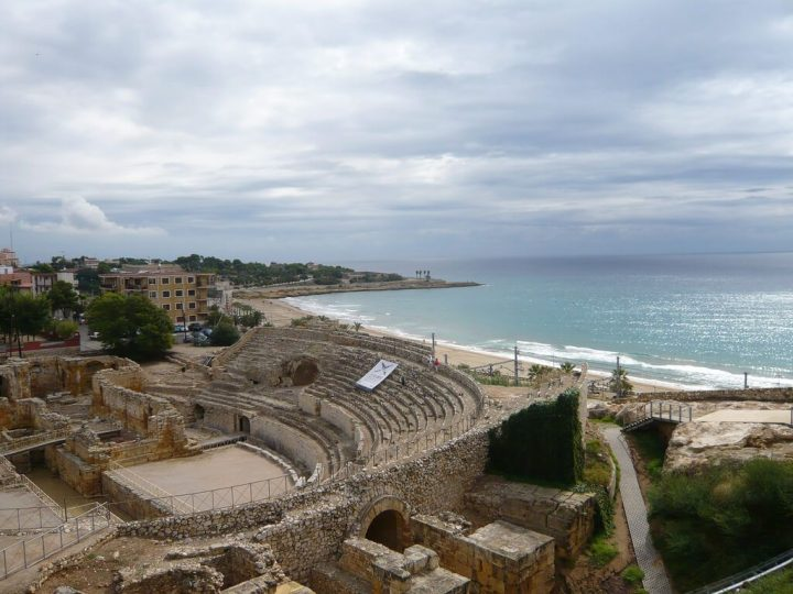 photo credit: Tarragona: Roman theatre via photopin (license)