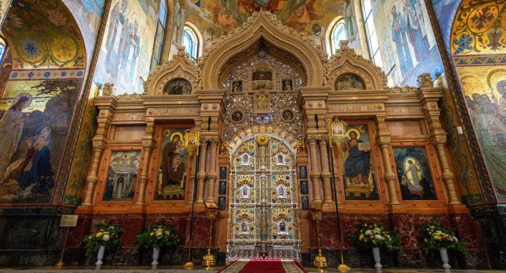 photo credit: Royal doors in the church of the Savior on Blood via photopin (license)