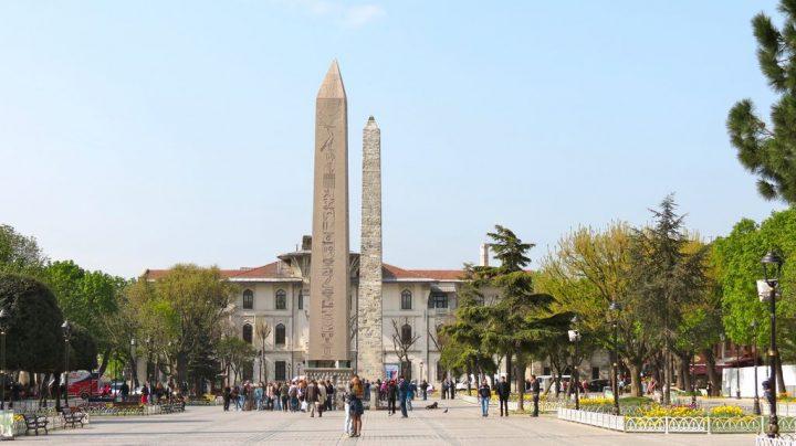 photo credit: Tutmosis and Walled obelisks via photopin (license)