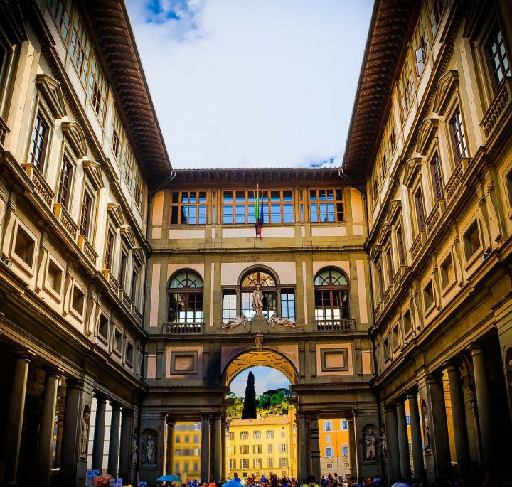 ウフィツィ美術館|フィレンツェの歴史地区