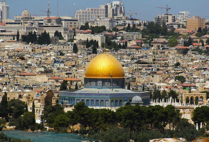 エルサレムの旧市街とその城壁群(中東)