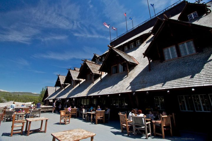 photo credit: Old Faithful Inn Deck via photopin (license)