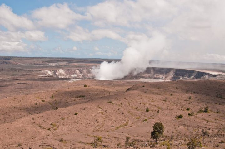 photo credit: Halema'uma'u Crater in Kilauea Caldera via photopin (license)