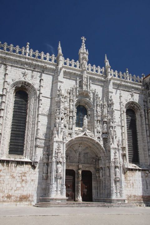 photo credit: South portal, Jerónimos Monastery via photopin (license)