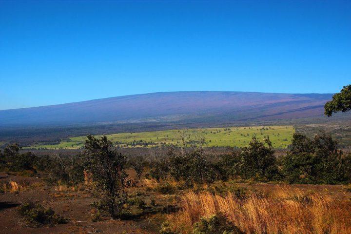 マウナ・ロア山|ハワイ火山国立...
