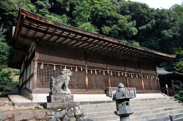 photo credit: Ujigami Shrine via photopin (license)