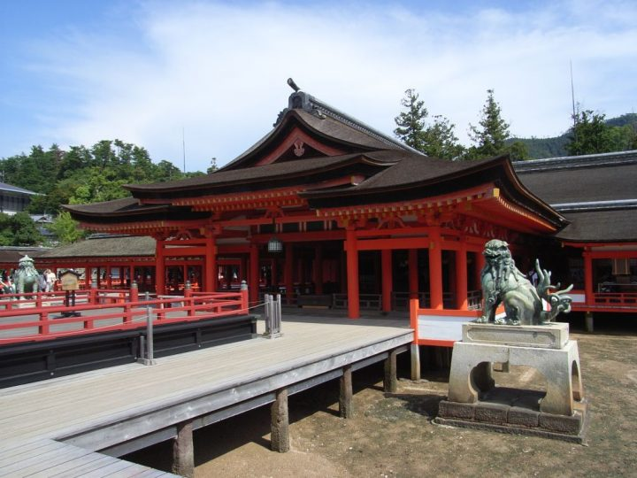 photo credit: 厳島神社 (3) via photopin (license)