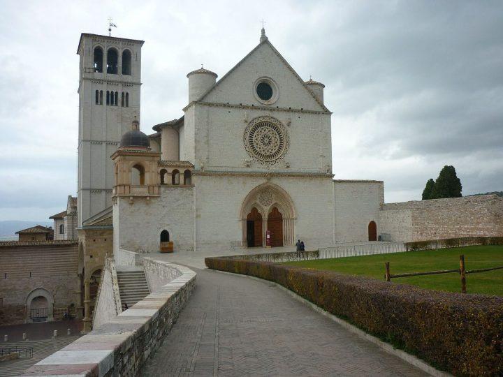 アッシジ、フランチェスコ聖堂と関連修道施設群の画像 p1_13