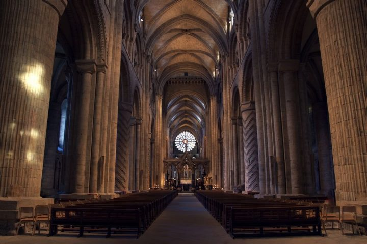 photo credit: Durham Cathedral Interior via photopin (license)