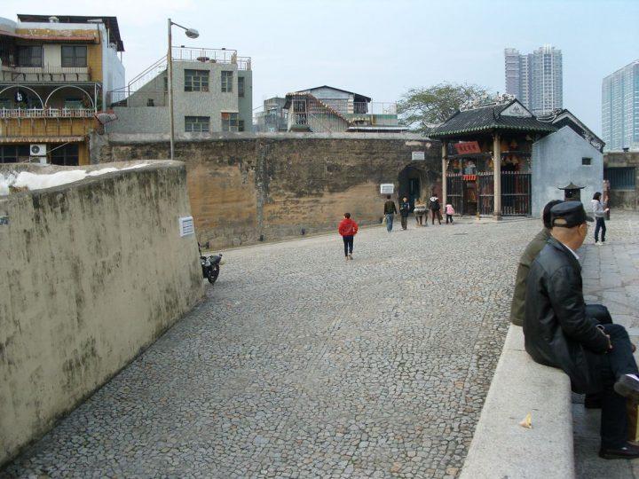 【世界遺産】ナーチャ廟と旧城壁|マカオ歴史地区