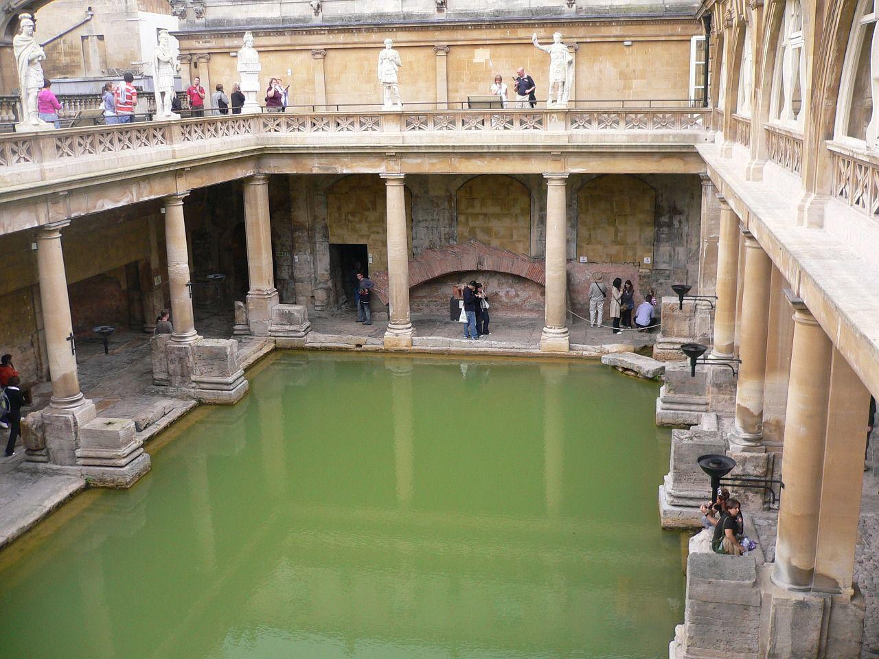 ローマ浴場博物館(ローマン・バス) バース市街  世界遺産オンラインガイド